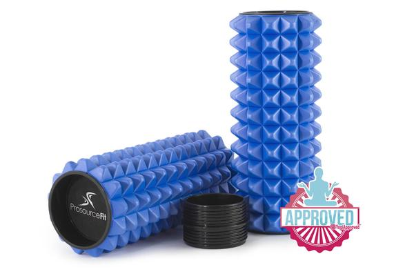 2-in-1 spike medicine roller blue